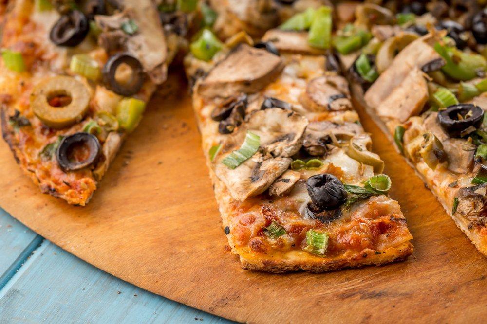 i Fratelli Pizza Plano West: 2208 Dallas Pkwy, Plano, TX