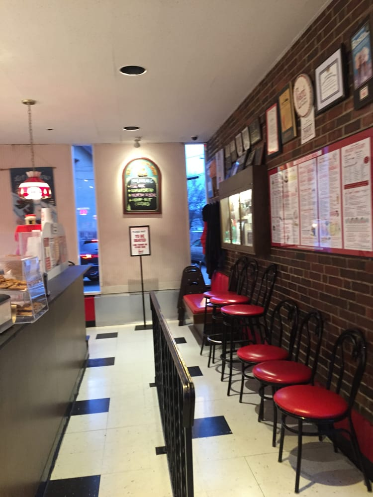 cabot 39 s ice cream restaurant of newtonville 743 washington street newtonville interior yelp. Black Bedroom Furniture Sets. Home Design Ideas