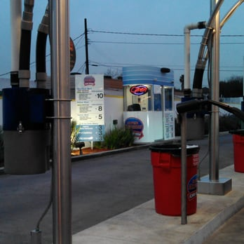 Cruizers Express Car Wash Montebello