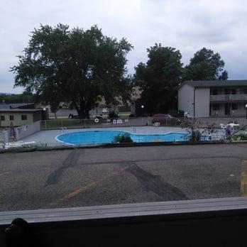 Photo Of Campus Inn Motel Baraboo Wi United States Pool A