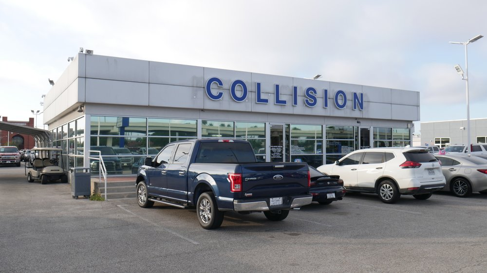 Sterling McCall Collision Center of Houston: 6445 SW Freeway, Houston, TX