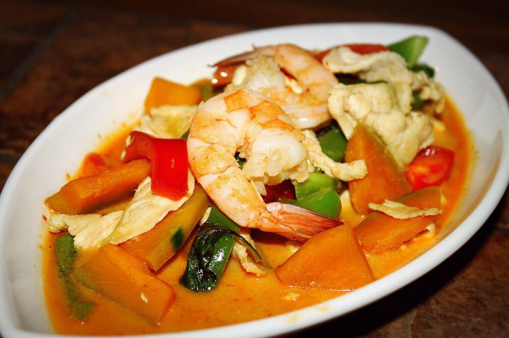 9 taste thai cuisine cerrado 314 fotos y 126 rese as for Ar roi thai cuisine