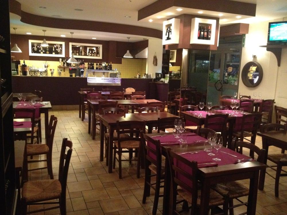 Mr beef cucina romana via di macchia palocco 186 for Mr arredamenti ostia antica