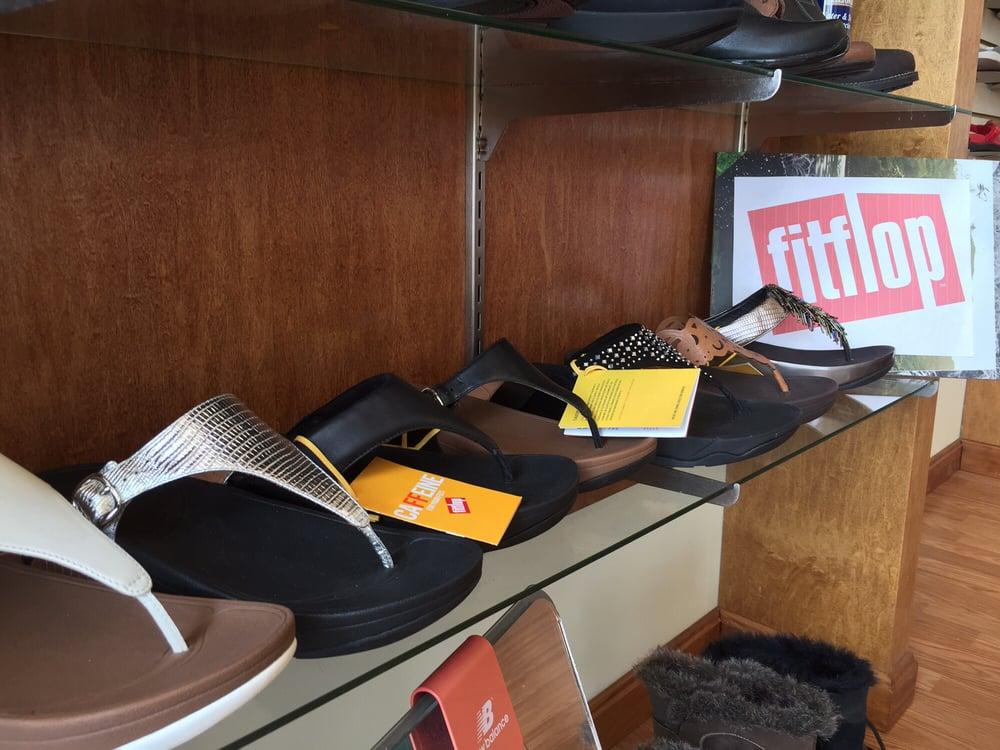 Next Step Fine Comfort Footwear: 22895 Brambleton Plz, Brambleton, VA
