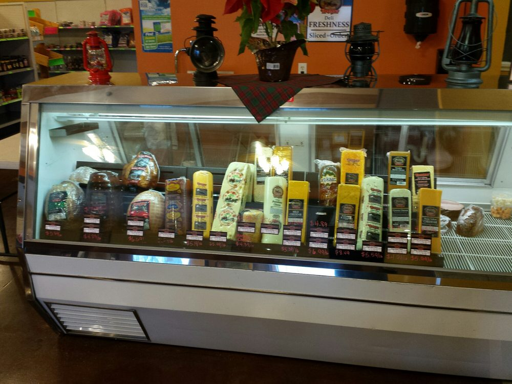 The Pantry: 1199 Tuscola Blvd, Tuscola, IL