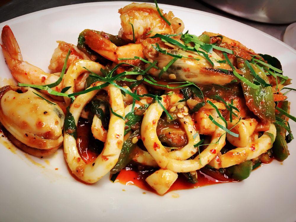Taste of Thailand: 11 W Wesmark Blvd, Sumter, SC