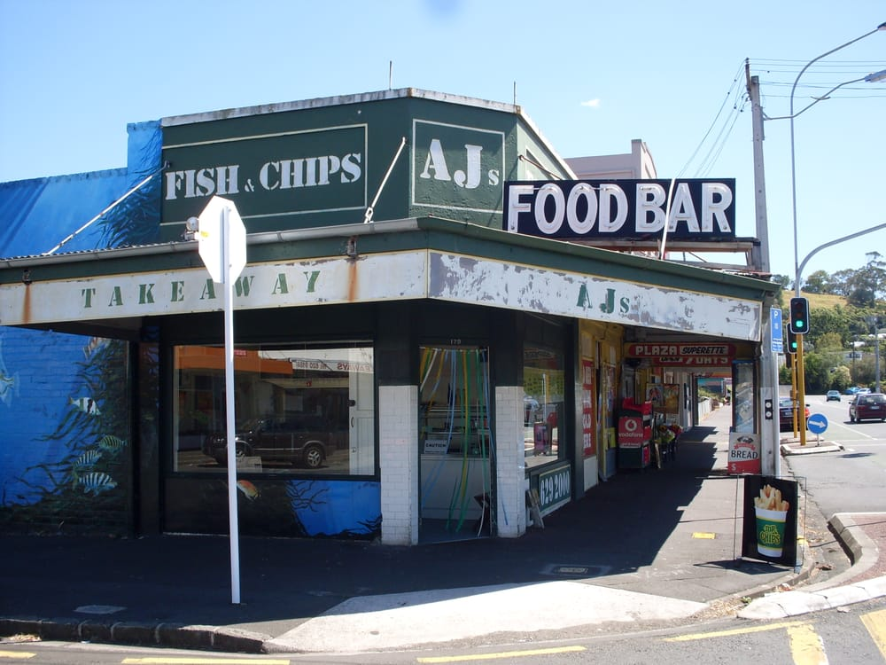 Aj s food bar hamburguesas 179 mt albert rd auckland for Xi an food bar mt albert
