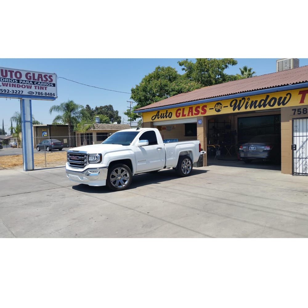 Auto Glass & More: 758 E Visalia Rd, Farmersville, CA