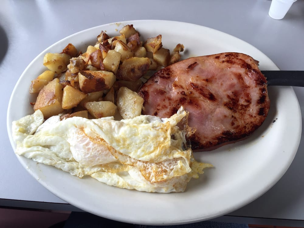 Sunrise & Shine Omelet Grill: 1529 NW Cache Rd, Lawton, OK