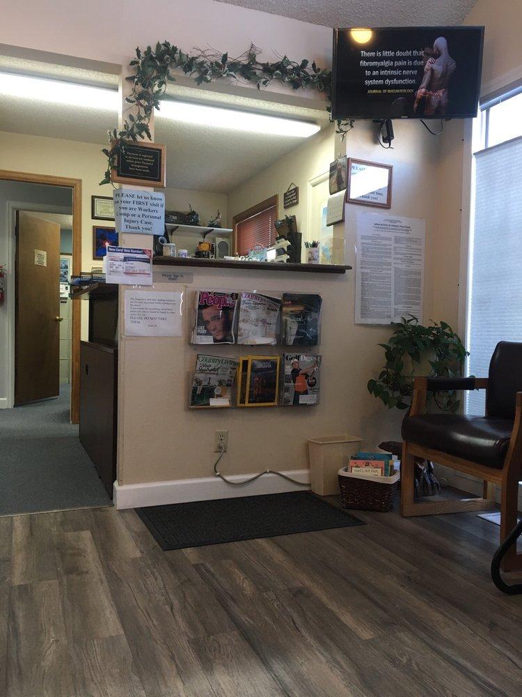 East Casper Chiropractic Center: 2121 E 2nd St, Casper, WY