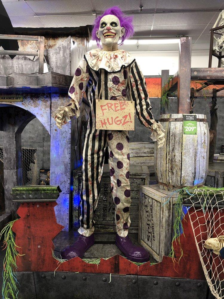 Spirit Halloween: 478 E Altamonte Dr, Altamonte Springs, FL