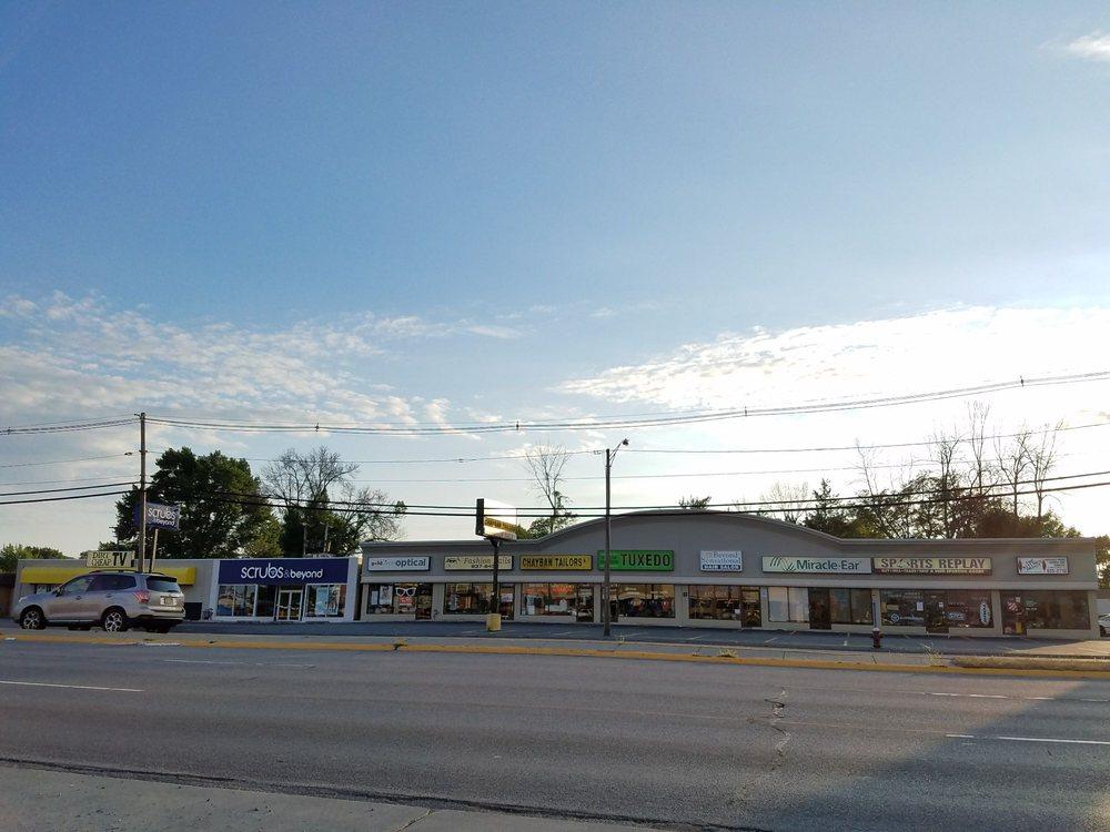 Sports Replay On the Blvd: 1614 Niagara Falls Blvd, Tonawanda, NY