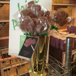 Betsy Ann Chocolates 27 Photos 13 Reviews Candy Stores 322