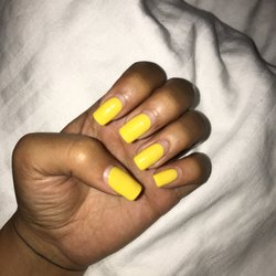Q Nails Spa