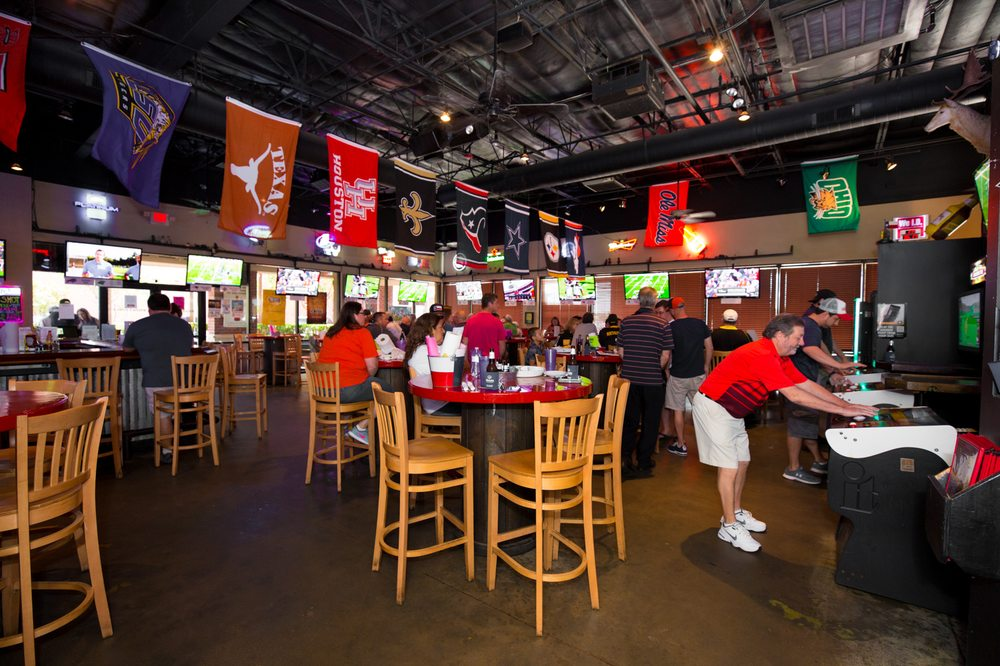 Photo Of Wolfies Restaurants Sports Bar Cypress Tx United States