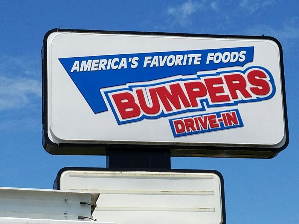Bumpers Drive-In: 912 W Bankhead St, New Albany, MS