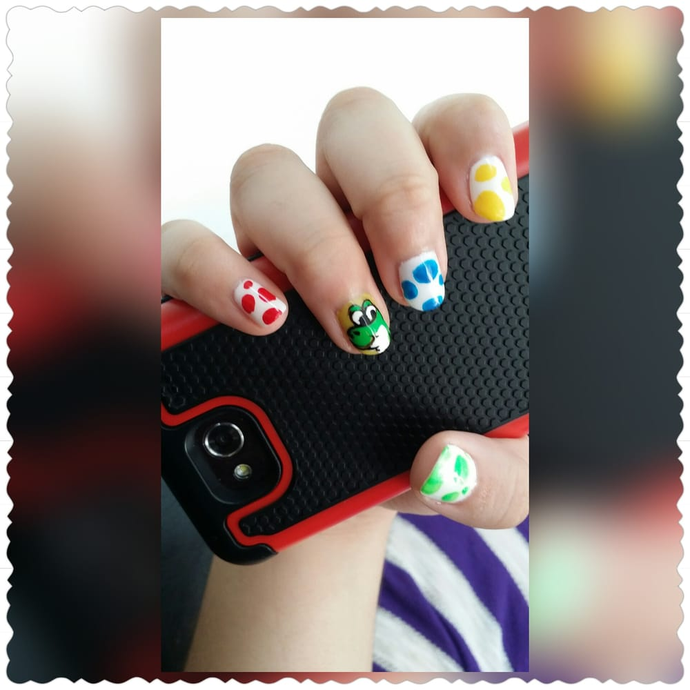 Nails by Reini Gel nails with a Nintendo theme with a Yoshi & Yoshi ...