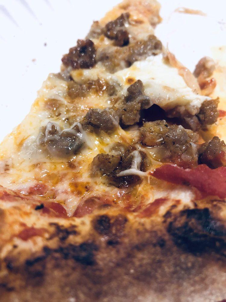 Gulino's Pizza & Sons: 1406 N Henry St, Bay City, MI