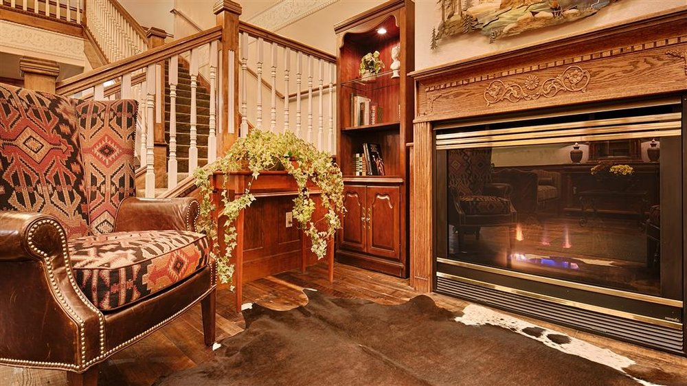 Best Western Newberry Station: 16515 Reed Rd, La Pine, OR