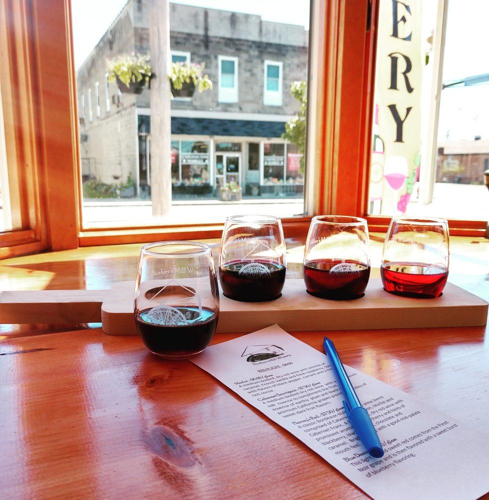 Bunker's Mill Winery: 102 E Main St, Cardington, OH