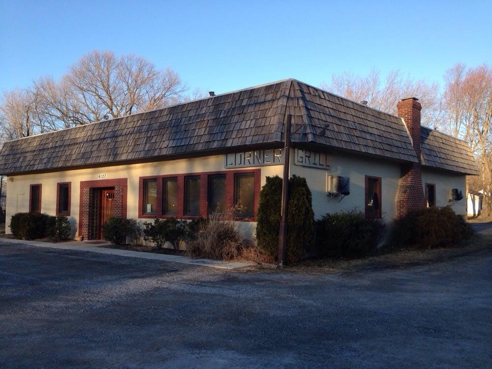 Corner Grill: 6127 Shady Side Rd, Shady Side, MD