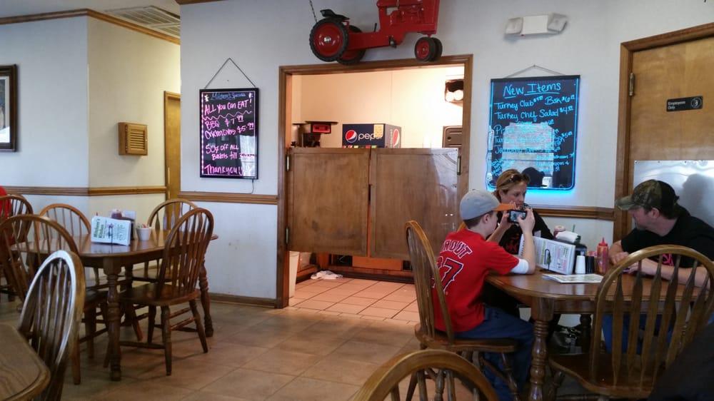 Mitchem's Kitchen: 6679 W Highway 27, Vale, NC