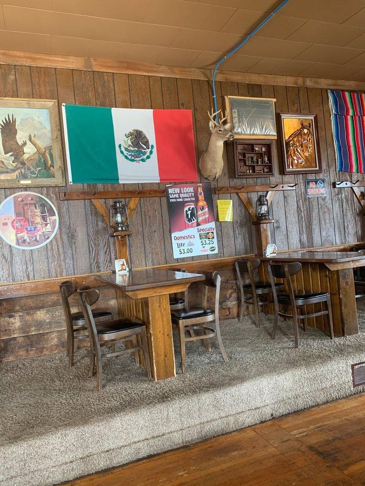 El Tio Nachos: 926 4th Ave, Sibley, IA