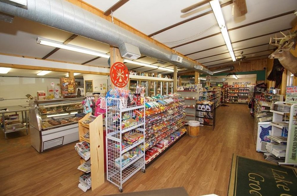Lake Country Grocery & Liquor: 432 State Hwy 6, Outing, MN
