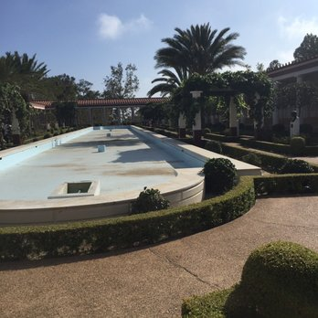 'Photo of The Getty Villa - Pacific Palisades, CA, United States' from the web at 'https://s3-media2.fl.yelpcdn.com/bphoto/ct5OHa53V6dy-oOh5zSWSg/348s.jpg'