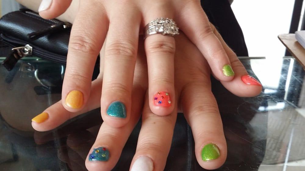 More Seuss - themed *FREEHAND* nail art done @ Elite Nail Spa (both ...