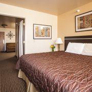 Photo Of Cottonwood Inn Suites Glasgow Mt United States