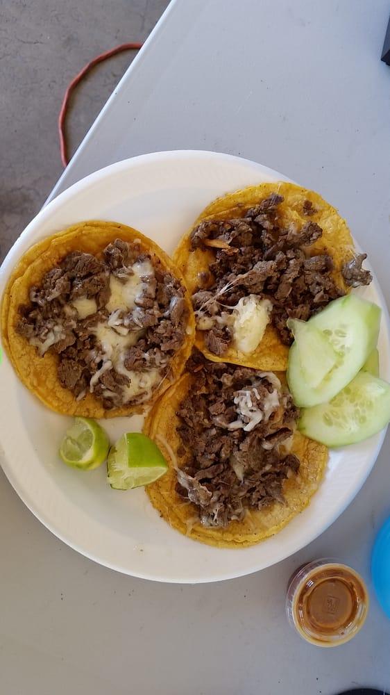 Golden Taco Food Truck: 3916 N Grand Ave, Phoenix, AZ