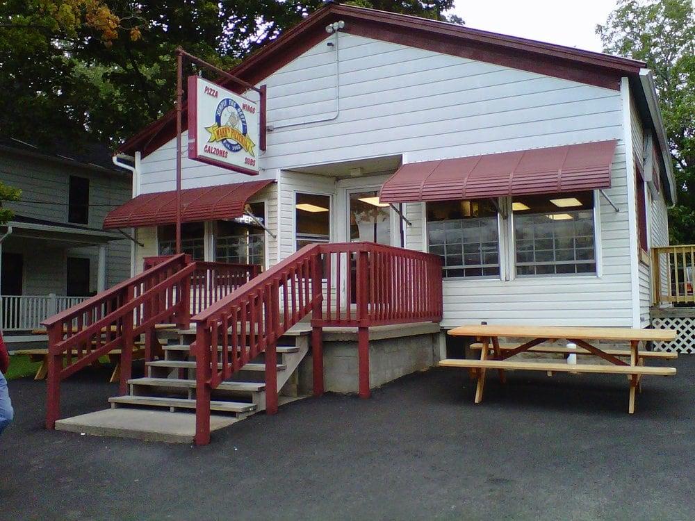Mark's Pizzeria: 171 S Clinton St, Albion, NY
