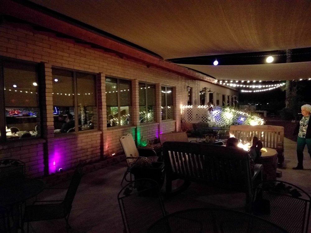 Branding Iron Steakhouse & Lounge: 2344 N Branding Iron Ln, Safford, AZ