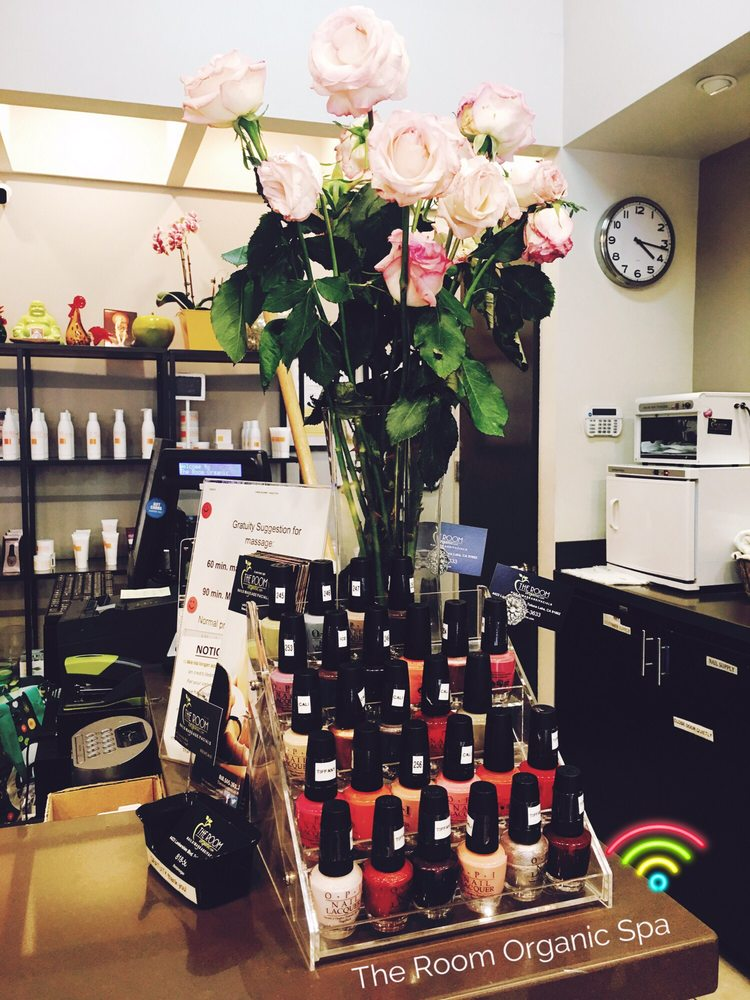 The Room Organic Spa: 4423 Lankershim Blvd, Toluca Lake, CA