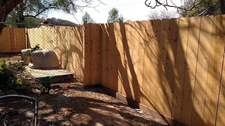 Redding Fencing: Palo Cedro, CA