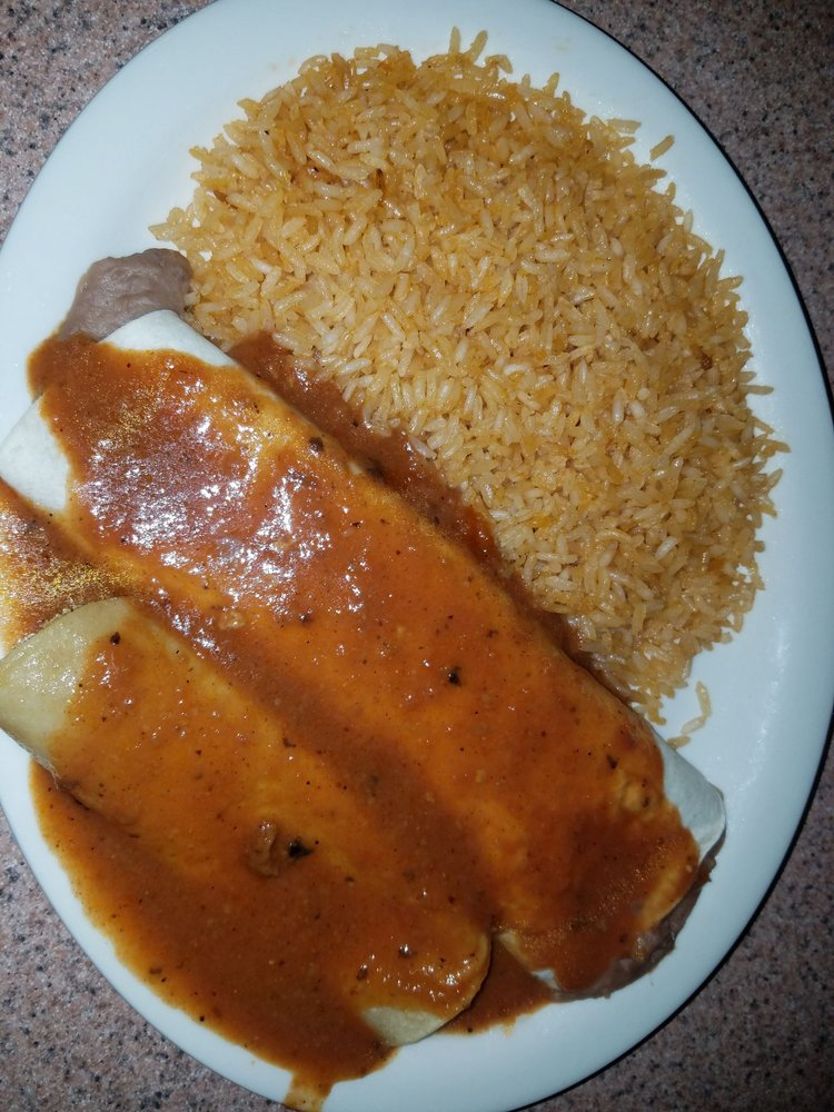 Maria's Mexican Restaurant: 220 E Cherokee Ave, Sallisaw, OK