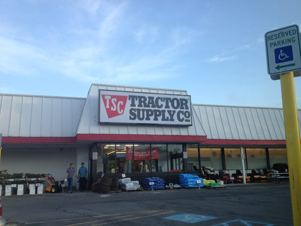 Tractor Supply: 13059 Broadway St, Alden, NY