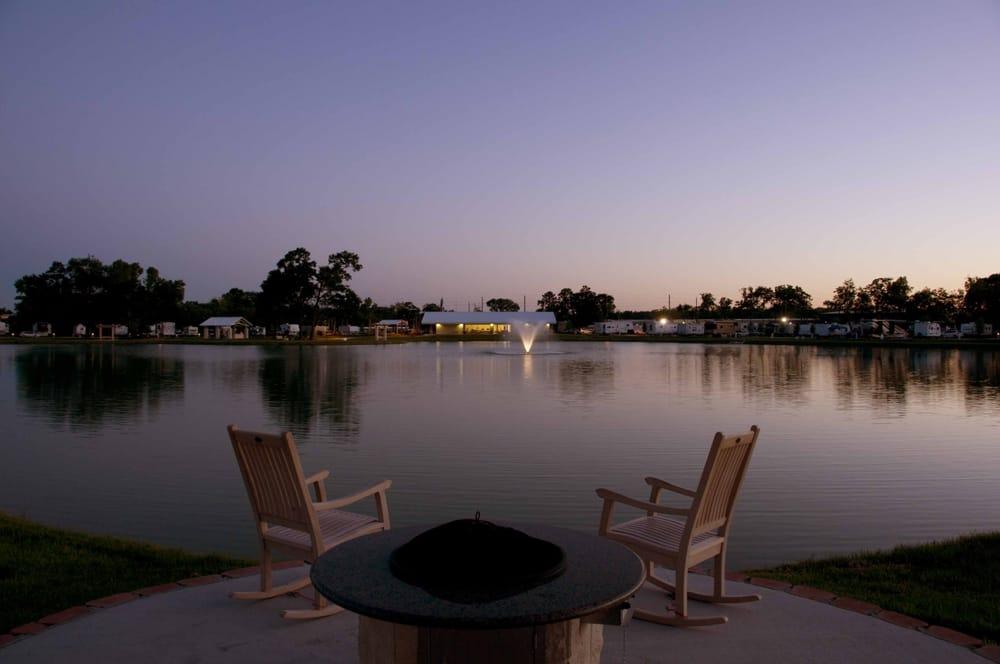 Northlake RV Resort: 1919 Humble Westfield Rd, Houston, TX