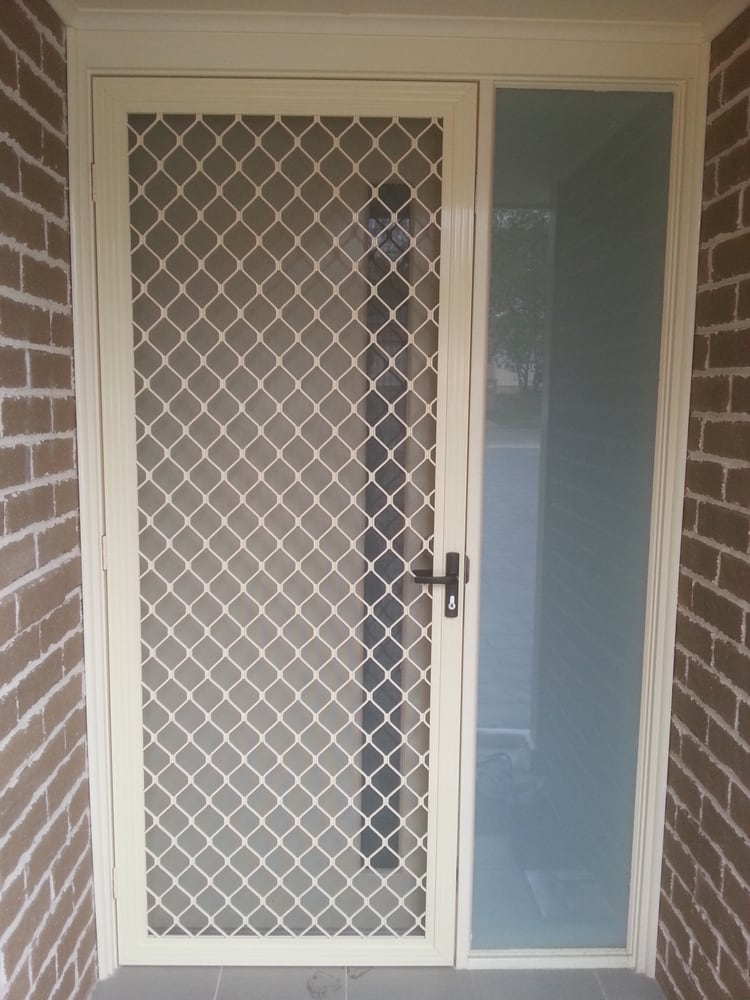 Mobile mesh flyscreens doors handymen blacktown new for New screen door
