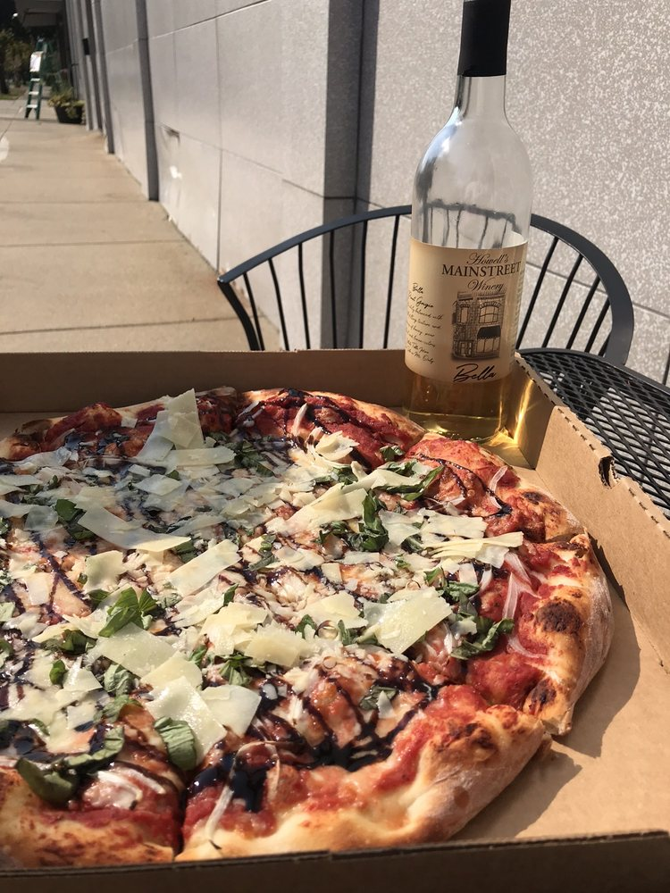 Food from Howell's MainStreet Winery & Pizzeria