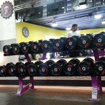planet fitness  44 photos  142 reviews  gyms  4925