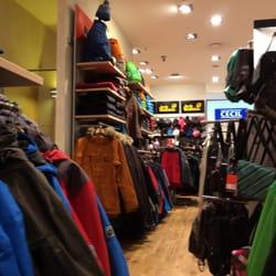 the best attitude 542a6 b0ea8 Jack Wolfskin Store - Sports Wear - Berliner Platz 2 ...