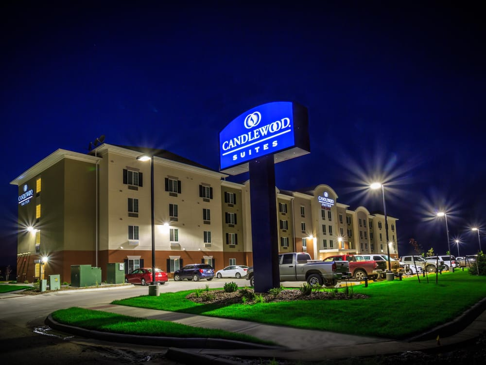 Candlewood Suites Sidney: 201 6th St NW, Sidney, MT