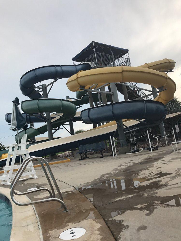 Tom Muehlenbeck Recreation Center: 5801 W Parker Rd, Plano, TX