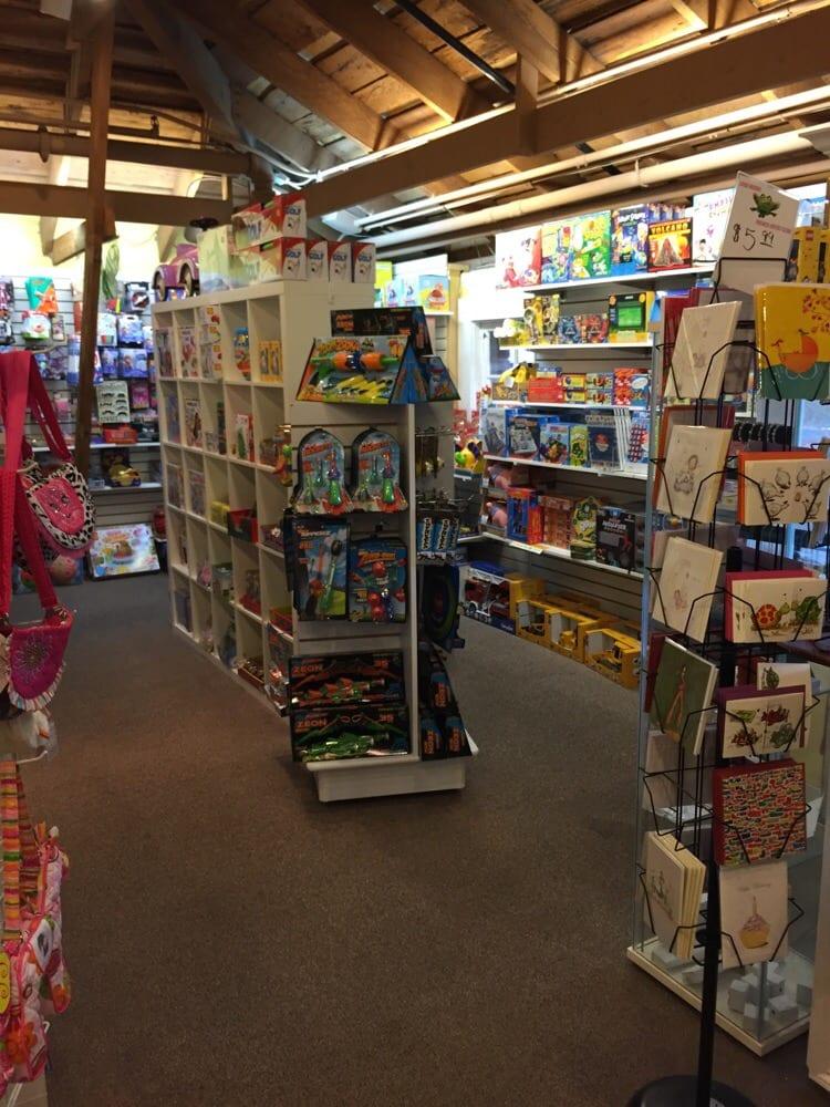 Lemondrops Children's Boutique & Toys: 1030 Clinton St, Napa, CA