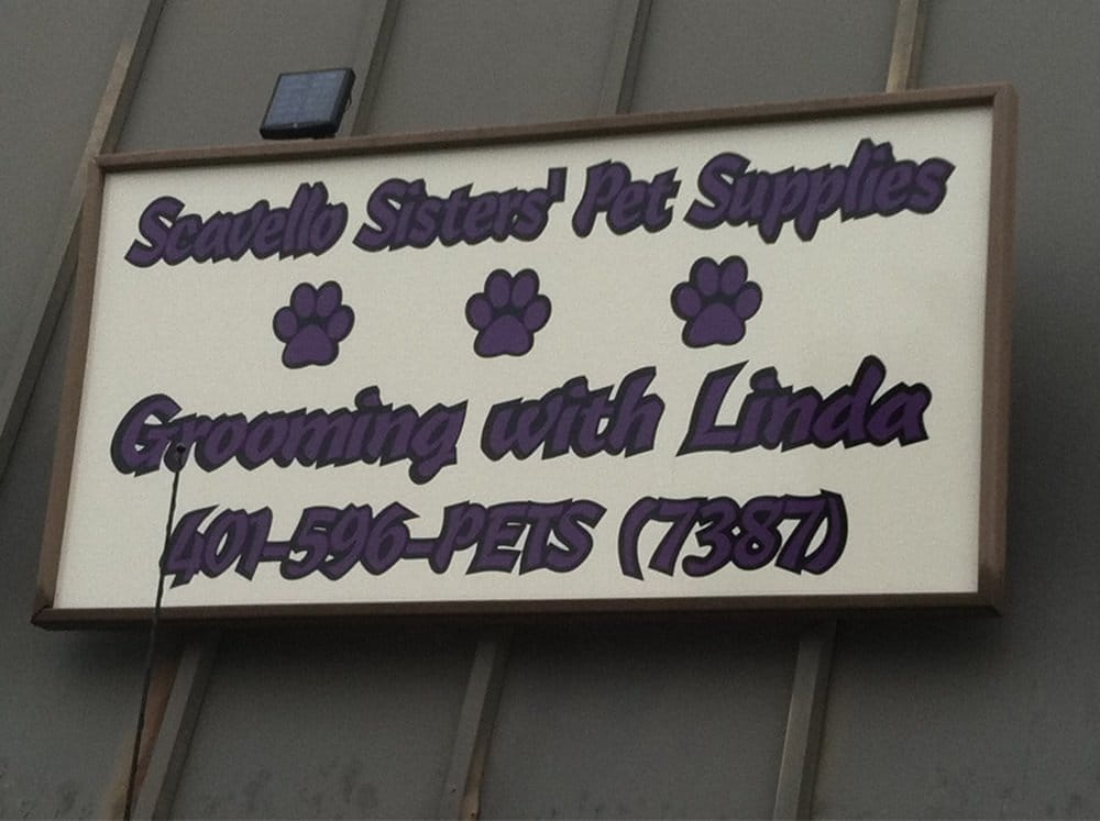 Scavello Sisters Pet Supplies and Grooming With Linda: 62 Franklin St, Westerly, RI
