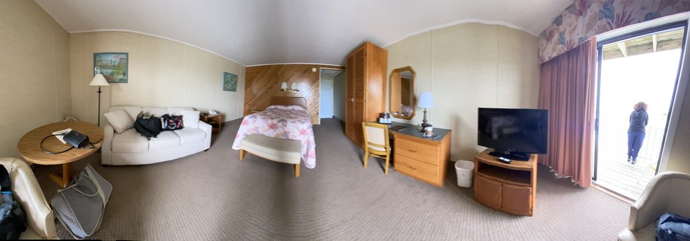 Island Motor Inn Resort: 4391 Main St, Chincoteague Island, VA