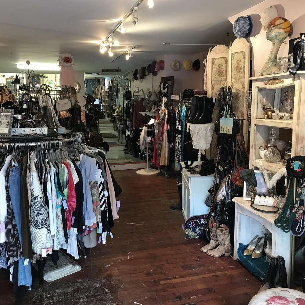Re-Style Boutique Consignment: 127 Main St, Andover, NJ