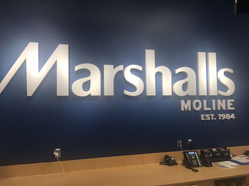 Marshalls: 3900 44th Ave, Moline, IL